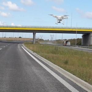 geodezja-dron-nad-jezdnia